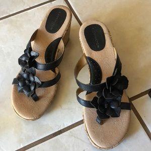 Covington 8.5M Black Wedge Flip-flop Cork Sandals